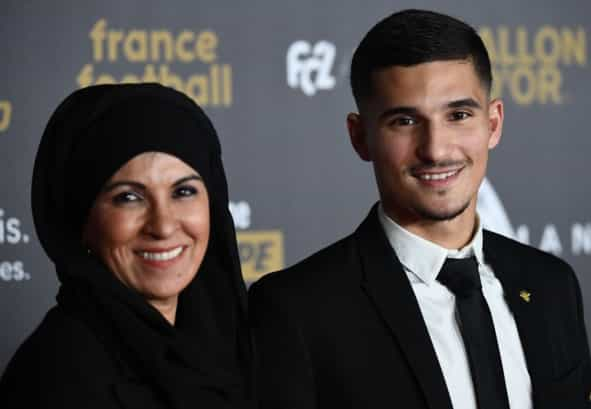 Houssem Aouar With his mother at the 2018 Baloon dOr Ceremony