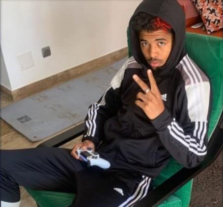 Gaming is one of Wesley Fofana's hobbies