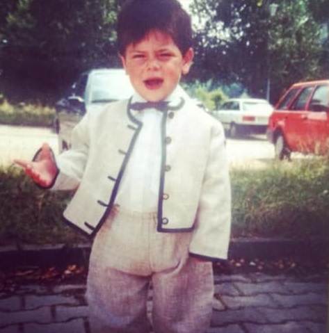 childhood photo of kevin volland.
