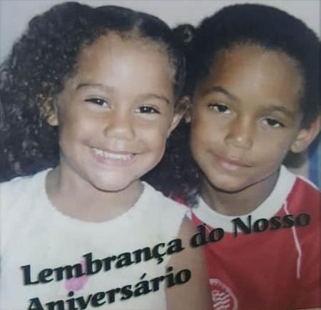 childhood photo of matheus cunha and his sister