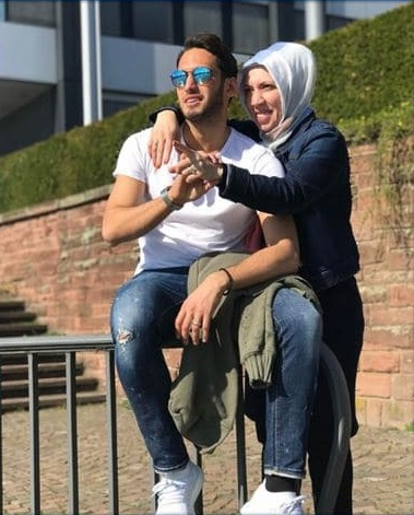 photo of Calhanoglu and his mother