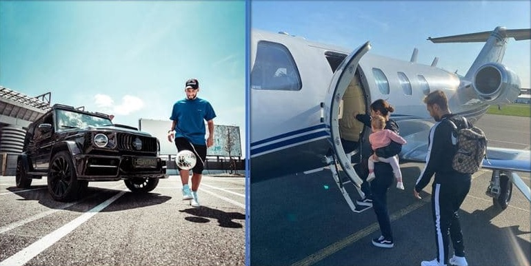 photo of the player and his family travelling in a private jet