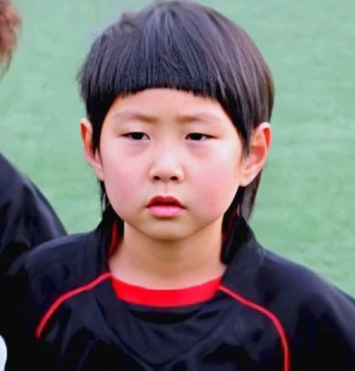 childhood photo of .....during his early career days