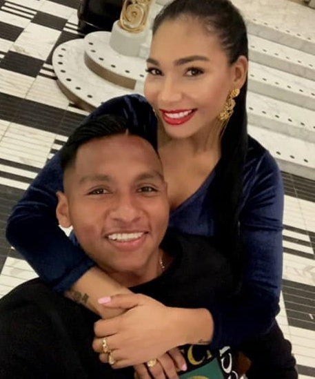 photo of Morelos with his beautiful wife.