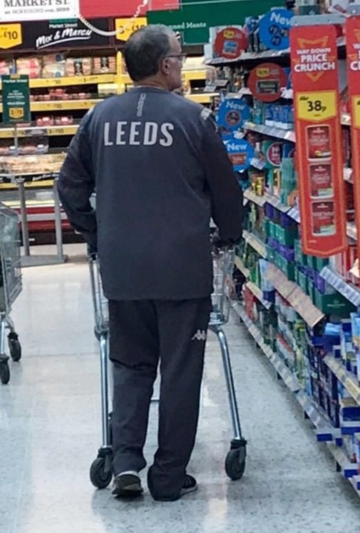 photo of the great coach in a supermarket
